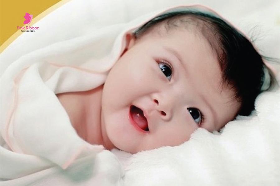 Mẹ bầu ăn theo kiểu này, đứa trẻ sinh ra sẽ có lông mi dài, mắt sáng long lanh
