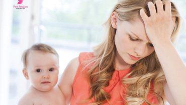 Rụng tóc sau sinh – nguyên nhân và cách khắc phục